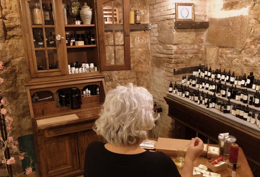 Orgue perfumista El Jardí Secret